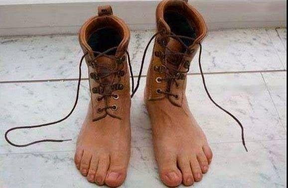 Feet boots