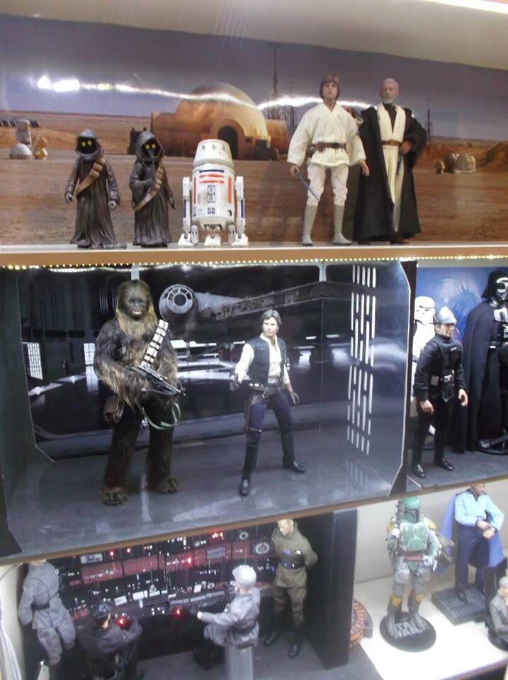 More Star Wars Hot Toys On Display Dave Cave Toy Display Action