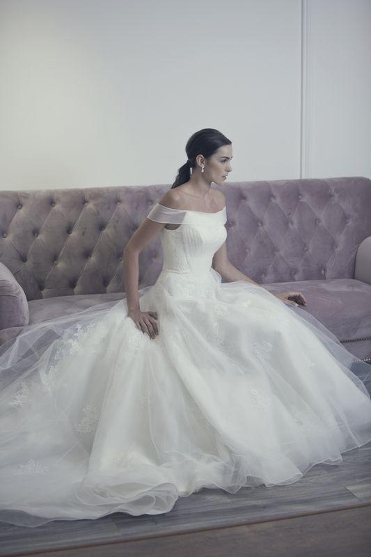 Wedding dresses in Warren