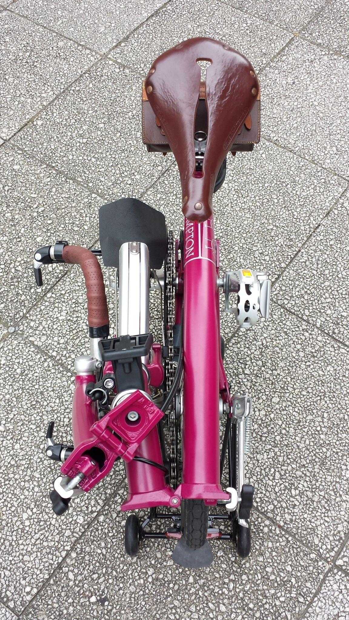 カスタム :: Brompton Bullhorn Custom :: 折りたたみ自転車・小径車・リカンベント専門店 :: LORO HPV Group ローロ HPV グループ