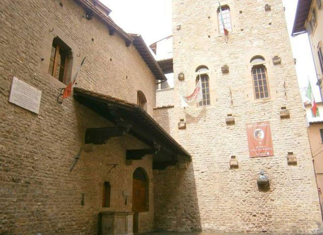 Casa Di Dante Alighieri Firenze Case George Harrison Foto