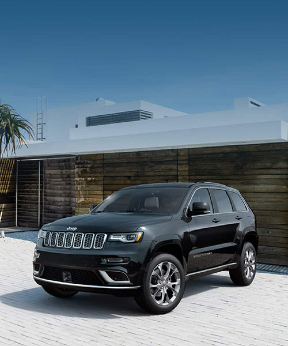 2019 Jeep Grand Cherokee Overview Hero Summit Driveway Jeep Grand Cherokee Jeep Grand Dream Cars Jeep