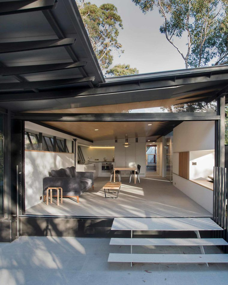 Architect Designed House For Sale In Palm Beach, Sydney, NSW 2108. Donaldson
