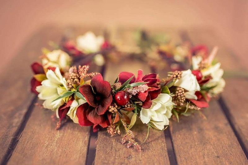 Wianek Na Glowe Jesienny Wianek Projektwianki Kwiaty Do Wlosow Table Decorations Decor Home Decor