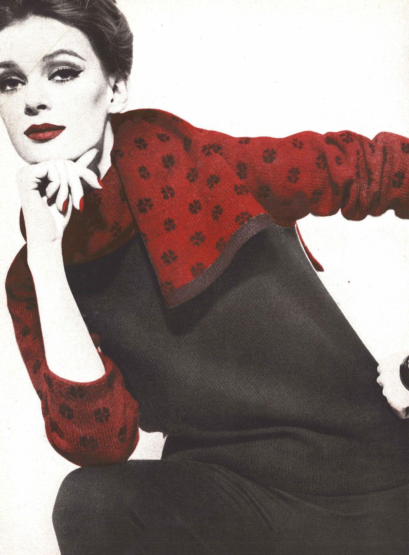 Snowflake sweater scarf set 1960s knitting sweater pullover snowflake sweater scarf set 1960s knitting sweater pullover pattern vintage vogue knit 1961 womans digital pdf bankloansurffo Choice Image