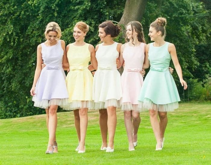 7 Rules For Choosing Your Bridesmaids Dresses