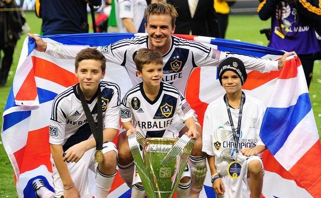 David Beckham & Children // LA Galaxy LA Galaxy  ATHLETIC COUPLES The Cutest Thing Ever !  Hey Baby ❤ Shut up, I'm still Talking To You . I been Waiting All Day ! ShutUpWilliams #beerstaff