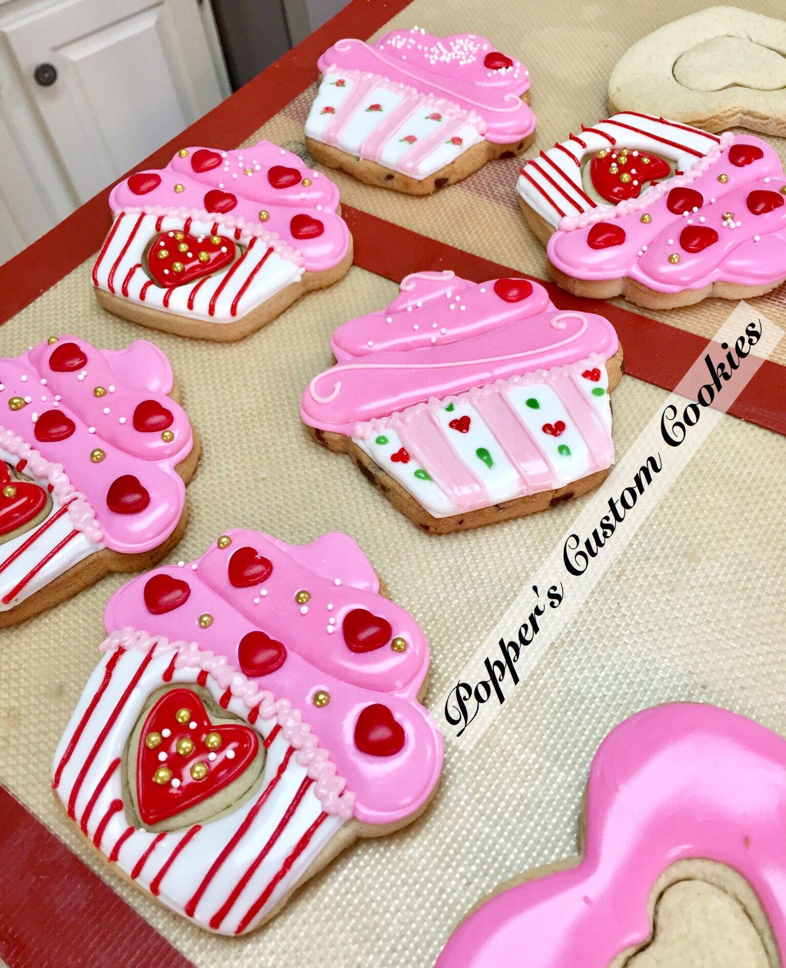 Pin By Karina On Cookies Pinterest Cookies Valentine Cookies