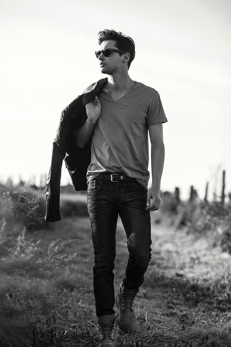 Exclusivité Fashionisto: Tomas Mucha par Adriana Fialova   – Photography business