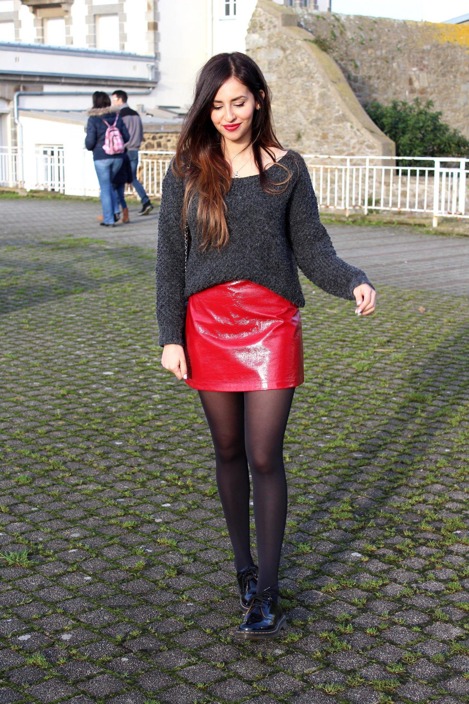 La Jupe En Vinyle Rouge X Dr Martens