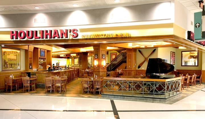 Atlanta Hartsfield Jackson International Airport Houlihans