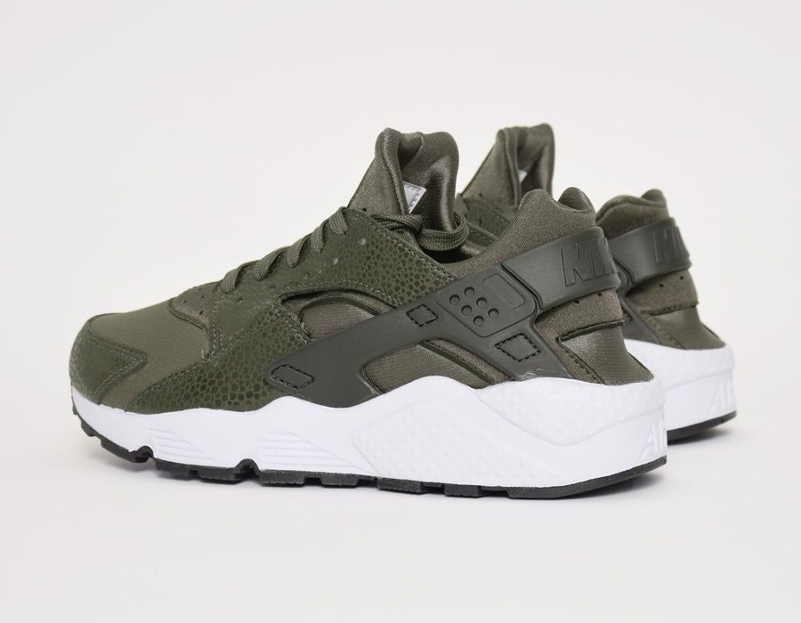 Im Gonna Love This Site How Cute Are These Cheap Shoes N I K E Shoes Nike Air Huarache Running Shoes Nike Nike Shoes