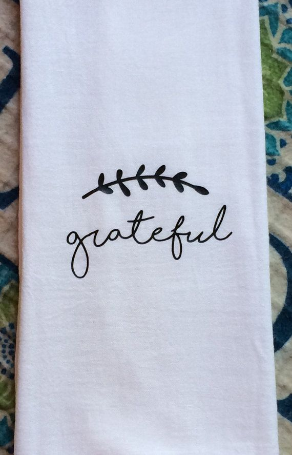 Farmhouse Decor Kitchen Grateful Flour Sack Dish Towel Shabby Chic Farm Font Floursack Tea Towels Family Thanksgiving Christmas Wedding Gift #dishtowels