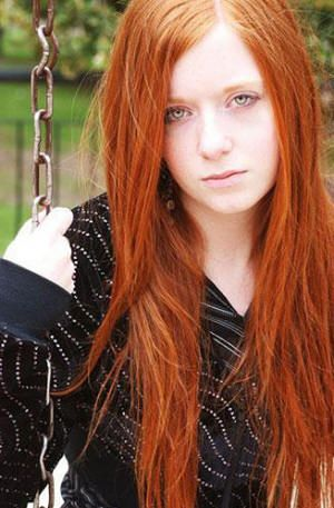 Clear Blue Eyes And Long Red Hair Red Hair Blue Eyes Long Red