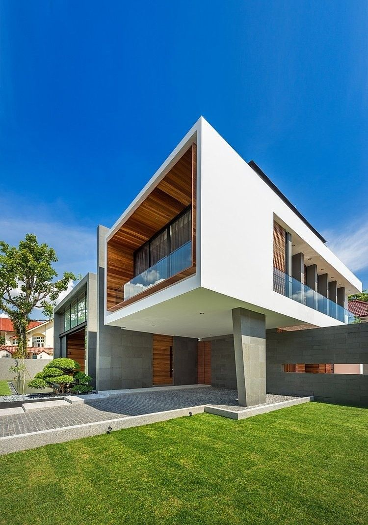 Diseo de casa moderna construida en terreno grande estructura