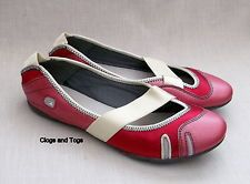 49b8247b1b5 NEW CLARKS IDYLLIC PUMP WOMENS RASPBERRY FITNESS   DANCE SHOES ...