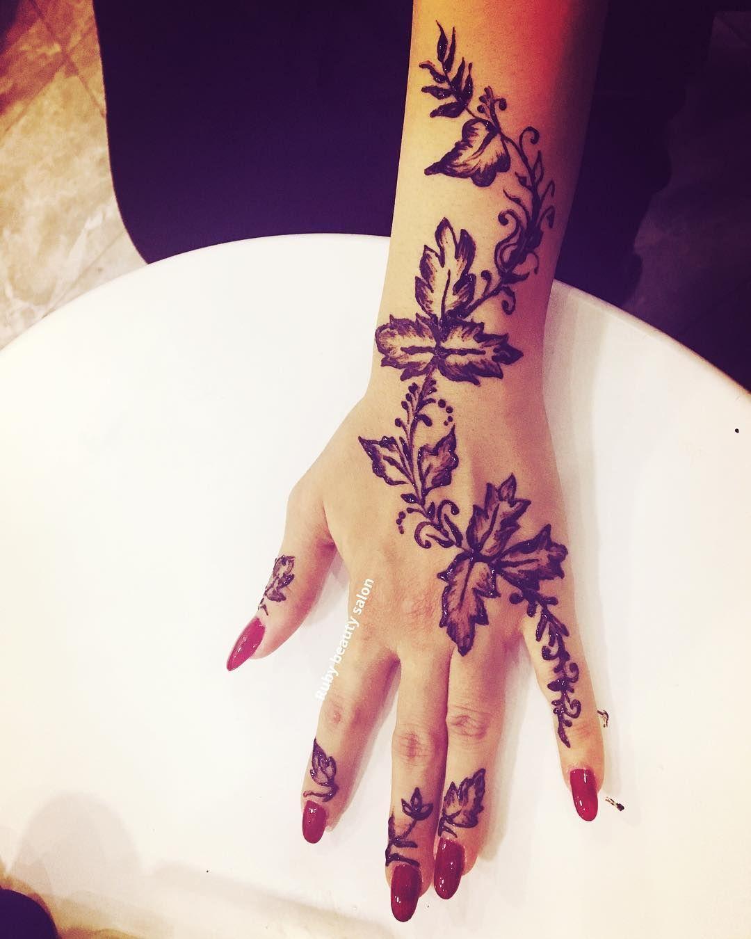 Hennatattoo Tattoo Henna Khobar Beautiful Intricate Shoulderhenna Shouldertattoos حناء تيتو الخبر ح Hand Tattoos Henna Hand Tattoo Hand Henna