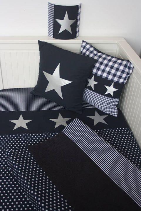 Donkerblauwe babykamer set