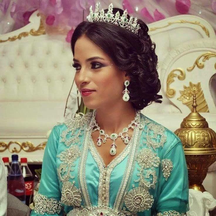 Pin von ✌🏻😊 auf Moroccan Caftan for Weddings | Pinterest