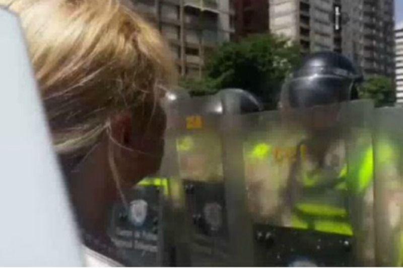 """¡CONTUNDENTE! Así encaró la alcaldesa metropolitana a la PNB: """"Defiendan a los ciudadanos"""" - http://wp.me/p7GFvM-Fyw"""