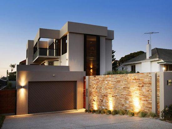 Dise o casas modernas con paredon en frente buscar con for Disenos de frentes de casas modernas