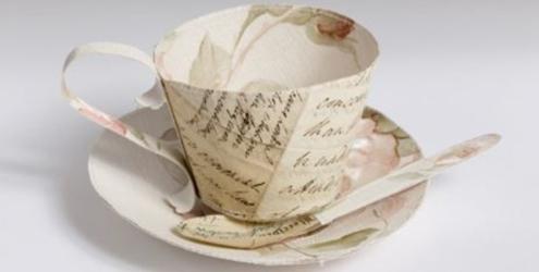 xícara de jornal