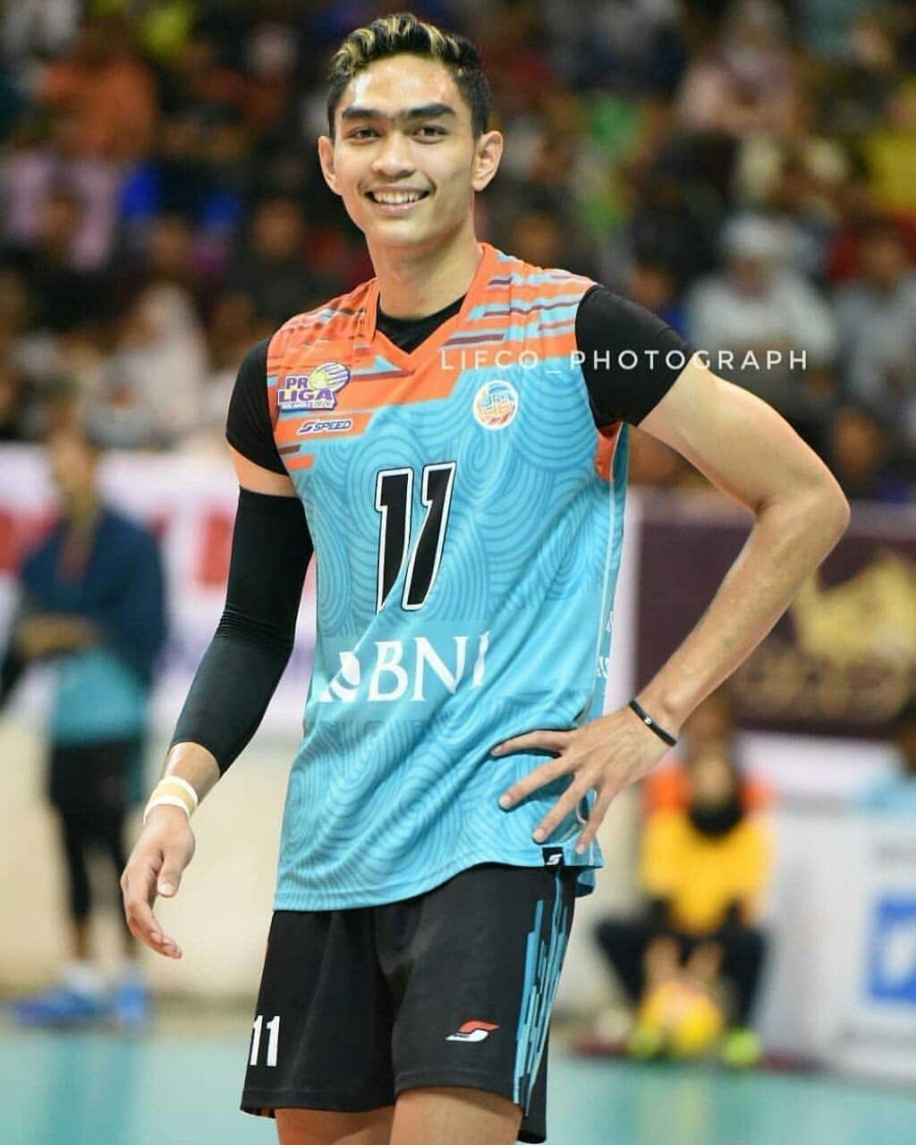 Pin Oleh Viona Octavia Di Volleyball Di 2020 Atlet Pacar Pria Pria