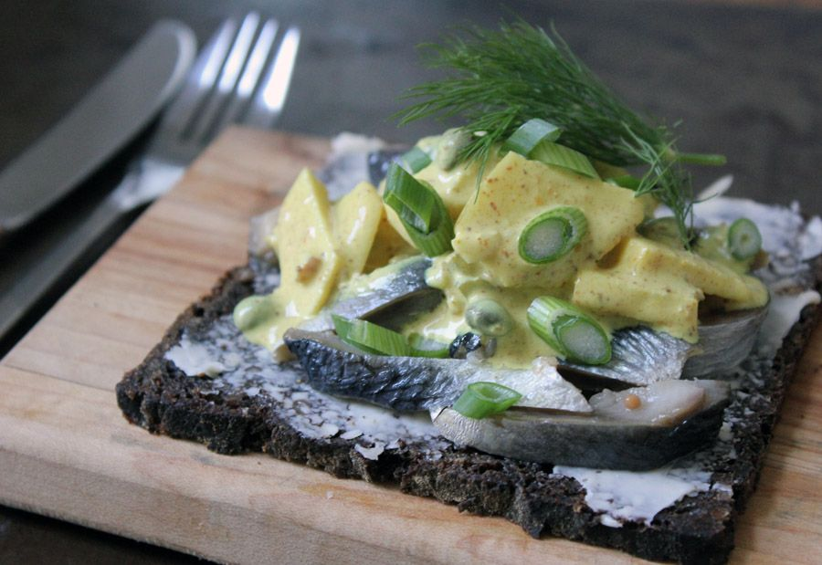 Karrysild (Herring in Curry Sauce) and Akvavit | Danish Open Sandwiches (Smørrebrød)