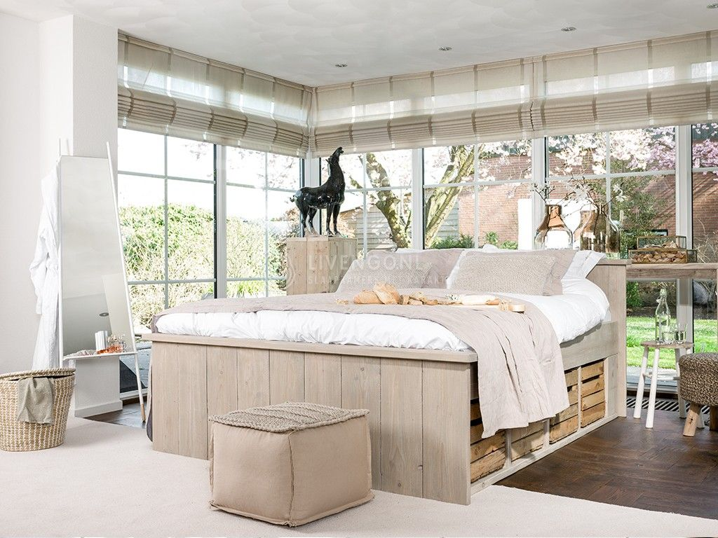 Steigerhout bed met fruitkistjes master bedroom madness for Steigerhout bed