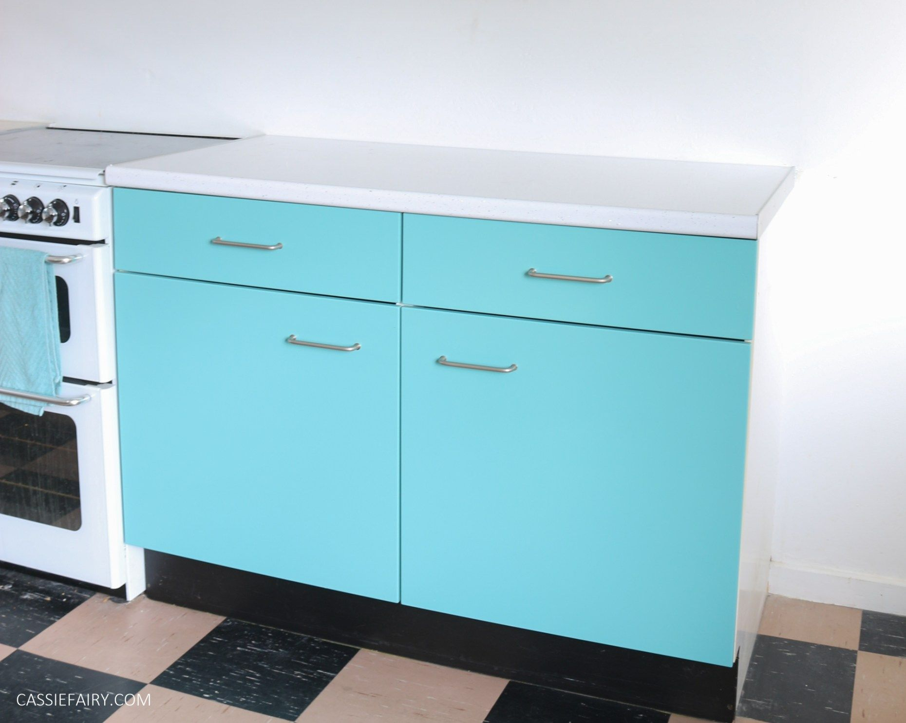 Spray paint for kitchen cupboards  My Thrifty s Kitchen Renovation A lowcost worktop u upcycled