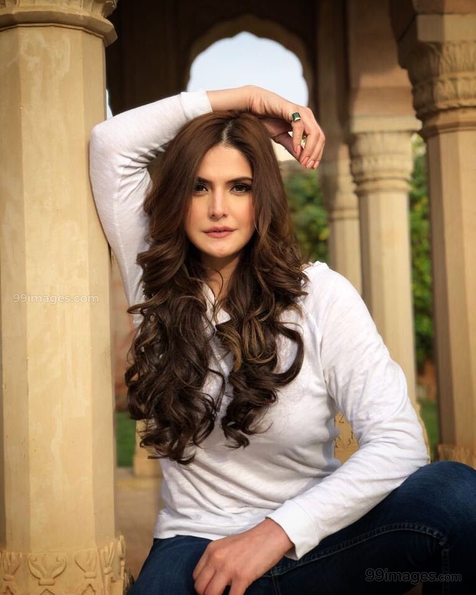 Zarine Khan Hot Hd Photos Wallpapers For Mobile 1080p Most