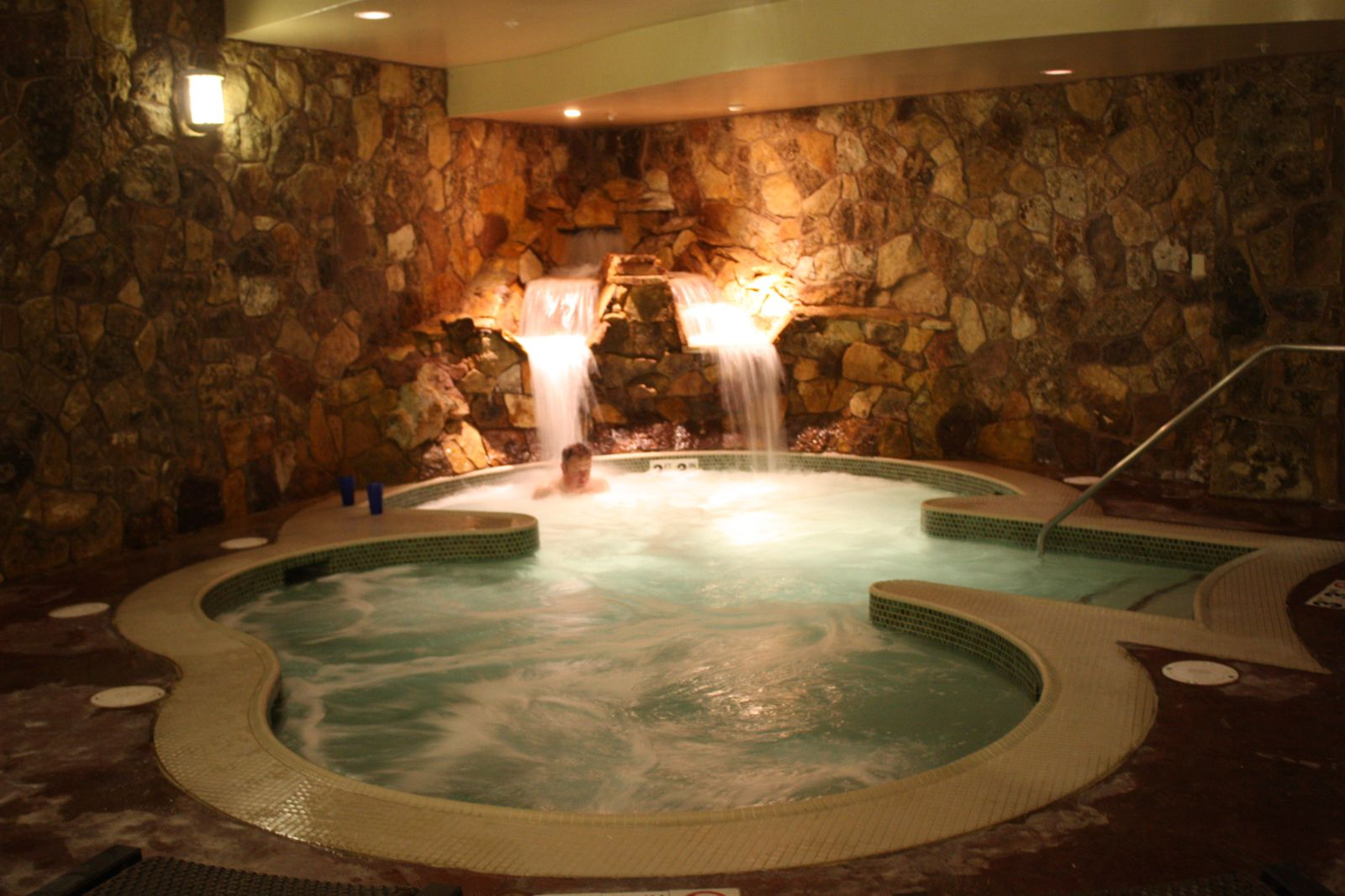 Grand Lodge Peak 7 The Grotto Hot Tub Room Indoor Jacuzzi Home Spa Room