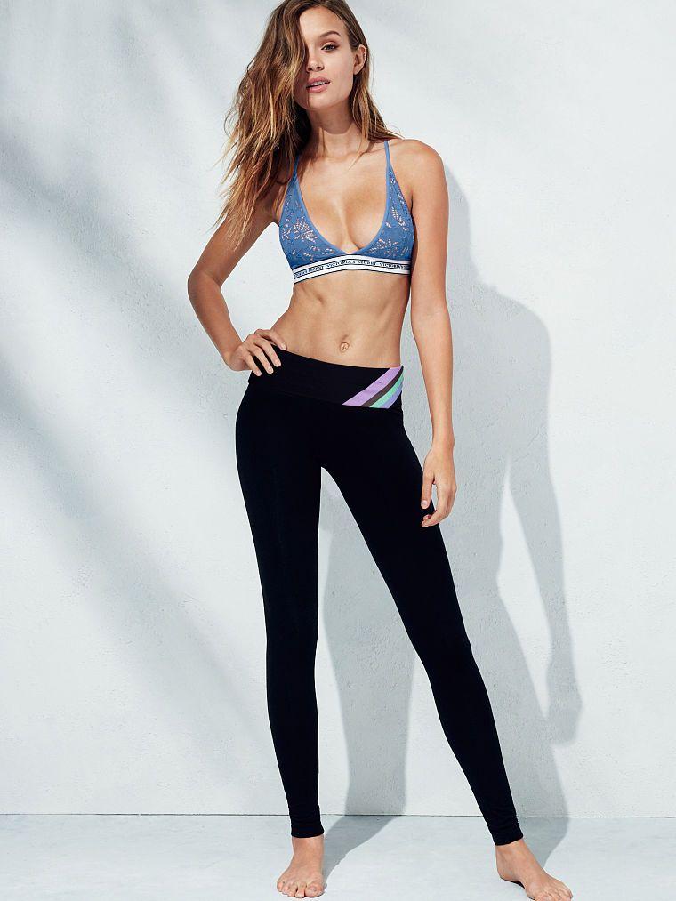 Jojo love.   Josephine Skriver   Pinterest   Yoga pants, Curves ...
