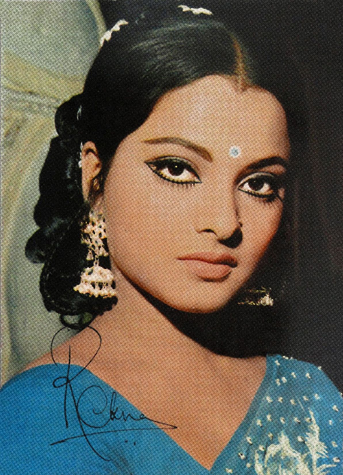 Pin by Gauri Sharma on Classic Women in 2020 Bollywood
