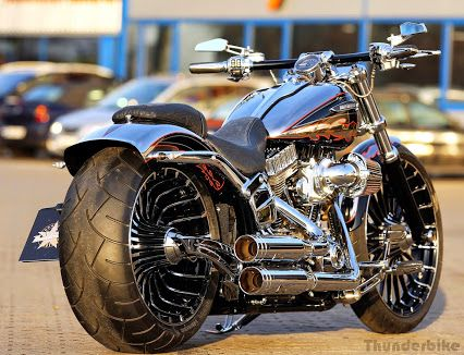 Customized Harley-Davidson CVO Breakout with a cleaned rear-fender