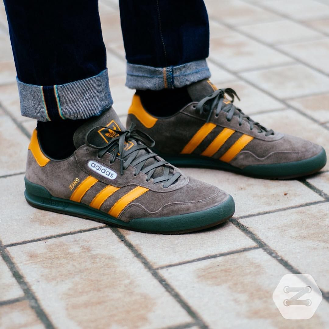 adidas jeans blue yellow