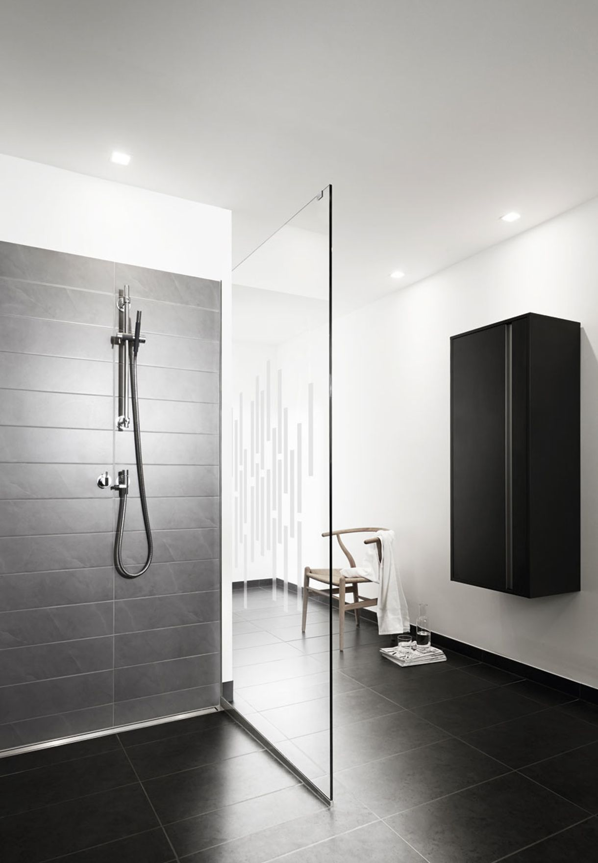 Bruseniche - Minimal Bathroom Style - Shower - Modern Minimalist