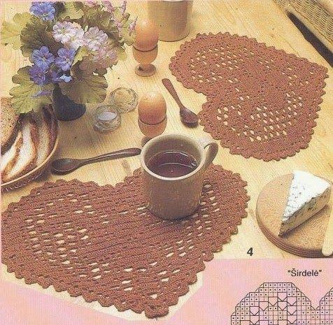 Tecendo Artes em Crochet: Um Amor de Jogo Americano e Uma Toalhinha  muito L...