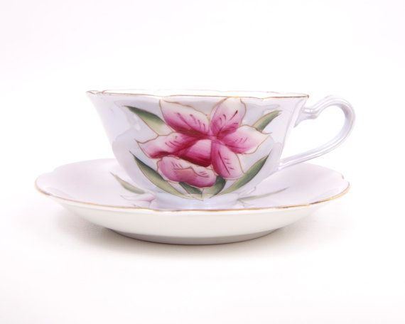 Vintage Shafford Teacup Maroon Iris Design Iridescent Lusterware Hand Painted Tea Cup and Saucer Made in Japan    This is a wonderful teacup