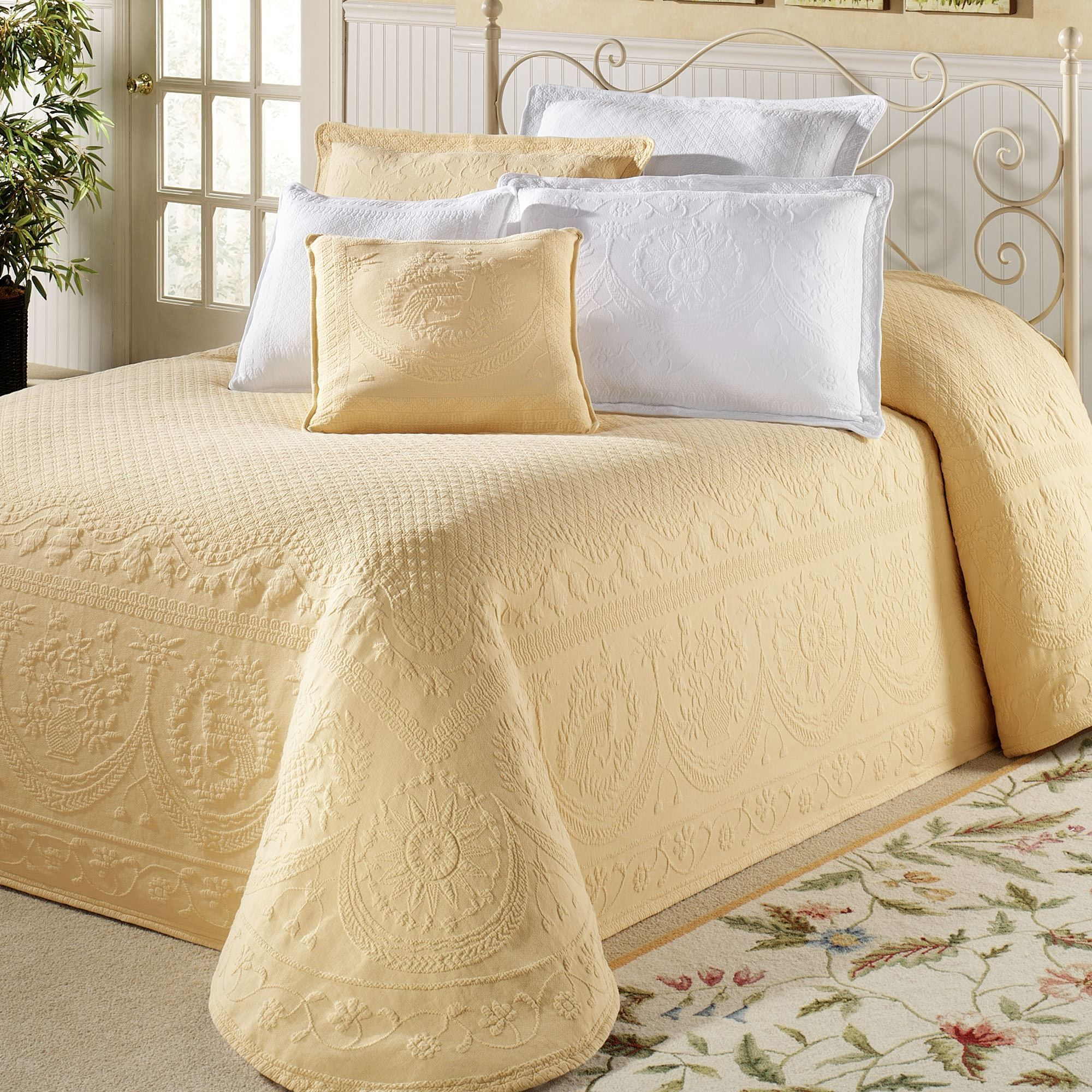 Perfect King Charles Matelasse Bedspread Bedding