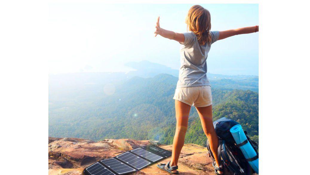 RAVPower – Cargador solar de 24W por 50 euros en oferta en Amazon España. Con 3 puertos USB de 2.4A cada uno.