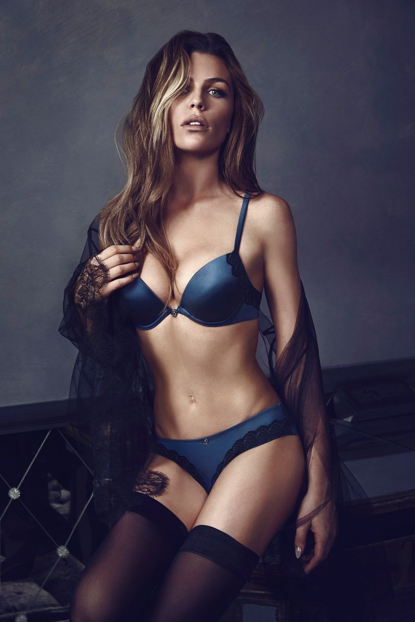 f6c1248189 Watch behind the scenes footage from Abbey Clancy s latest Ultimo photoshoot  as she flaunts amazing body - Daily Record