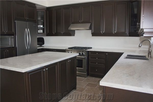 Light Brown Kitchen Cabinets With Grey Countertops