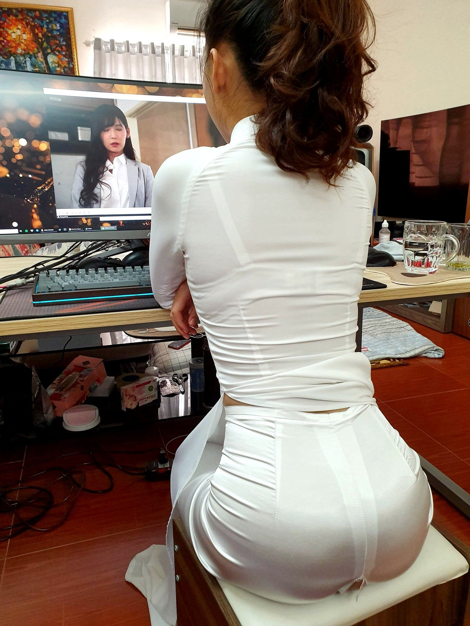 japanes sexy tight dress girls back side