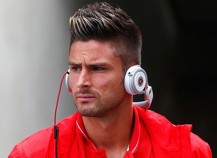 Olivier Giroud Hairstyle Arsenal Footballer Short Men Hair Barber Mens Hairstyles Short Olivier Giroud Hairstyle Mens Hairstyles