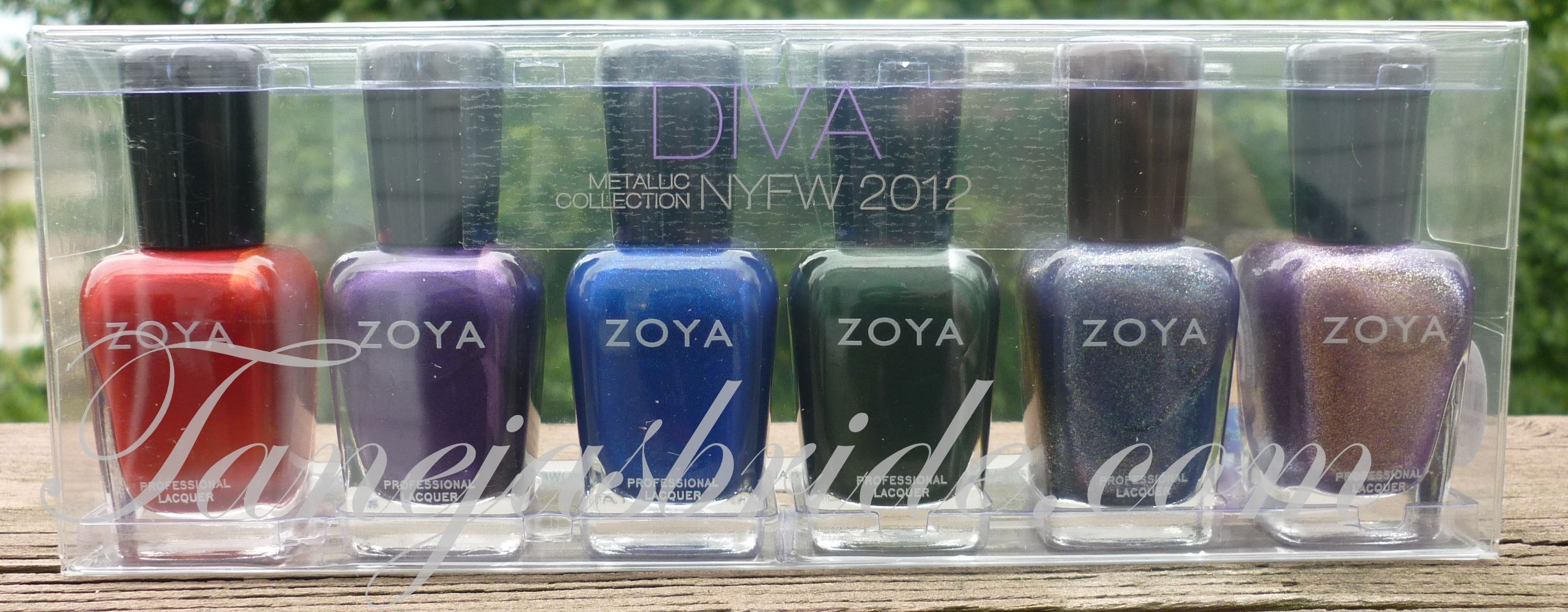 Zoya Diva Collection: http://tanejasbride.com/2012/07/12/zoya-diva-collection-2012/