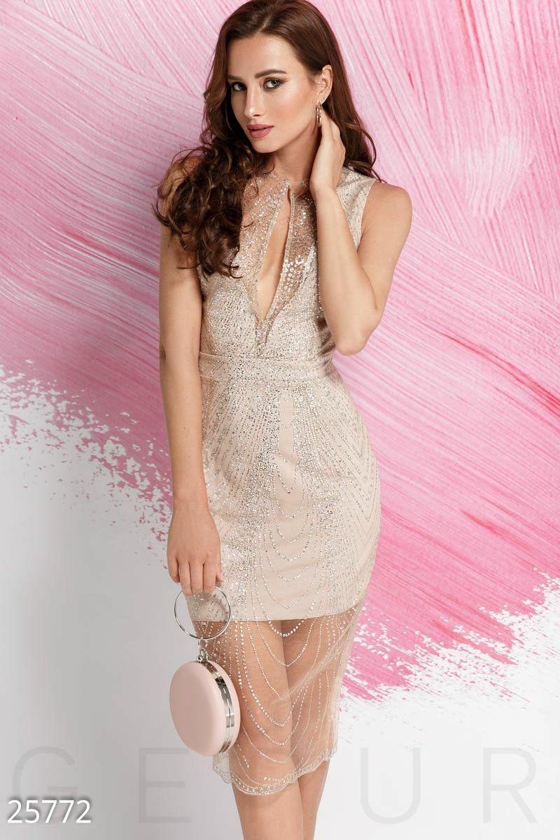 cdf7cc5bced7c34 Облегающее вечернее платье - короткое платье-основа из микромасла,  дополненная прозрачной сеткой с изящным