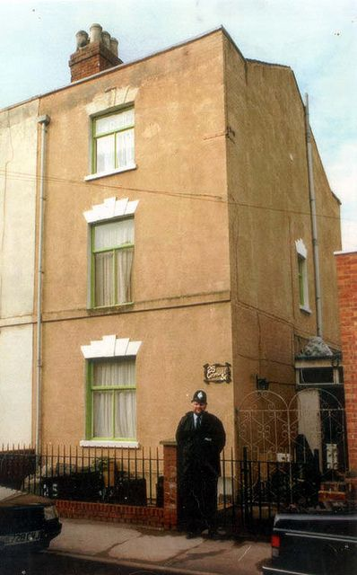 The Houses of Horror - 25 Cromwell Street, Gloucester   by brizzle born and bred