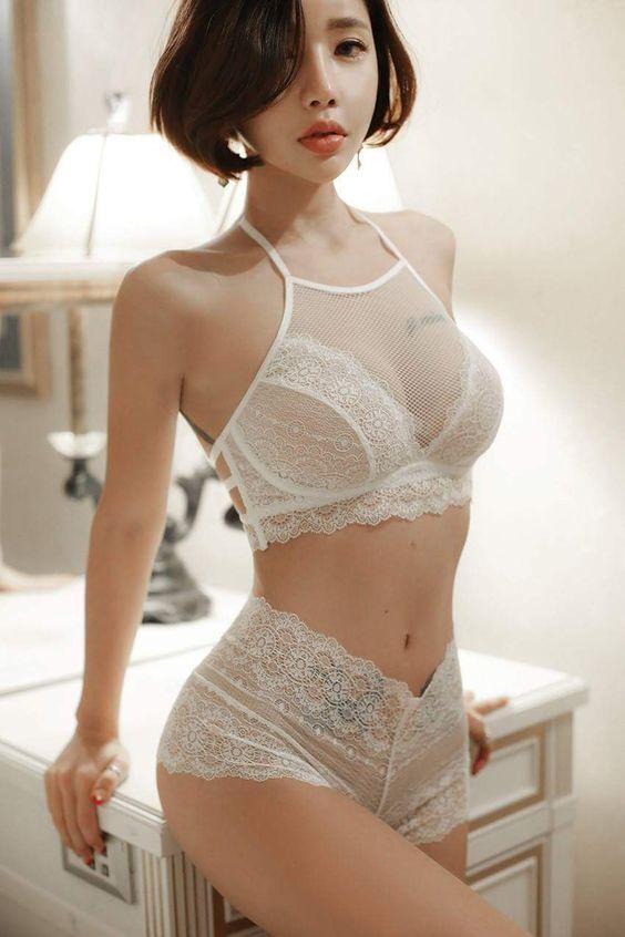 japan-underwear-model-girls