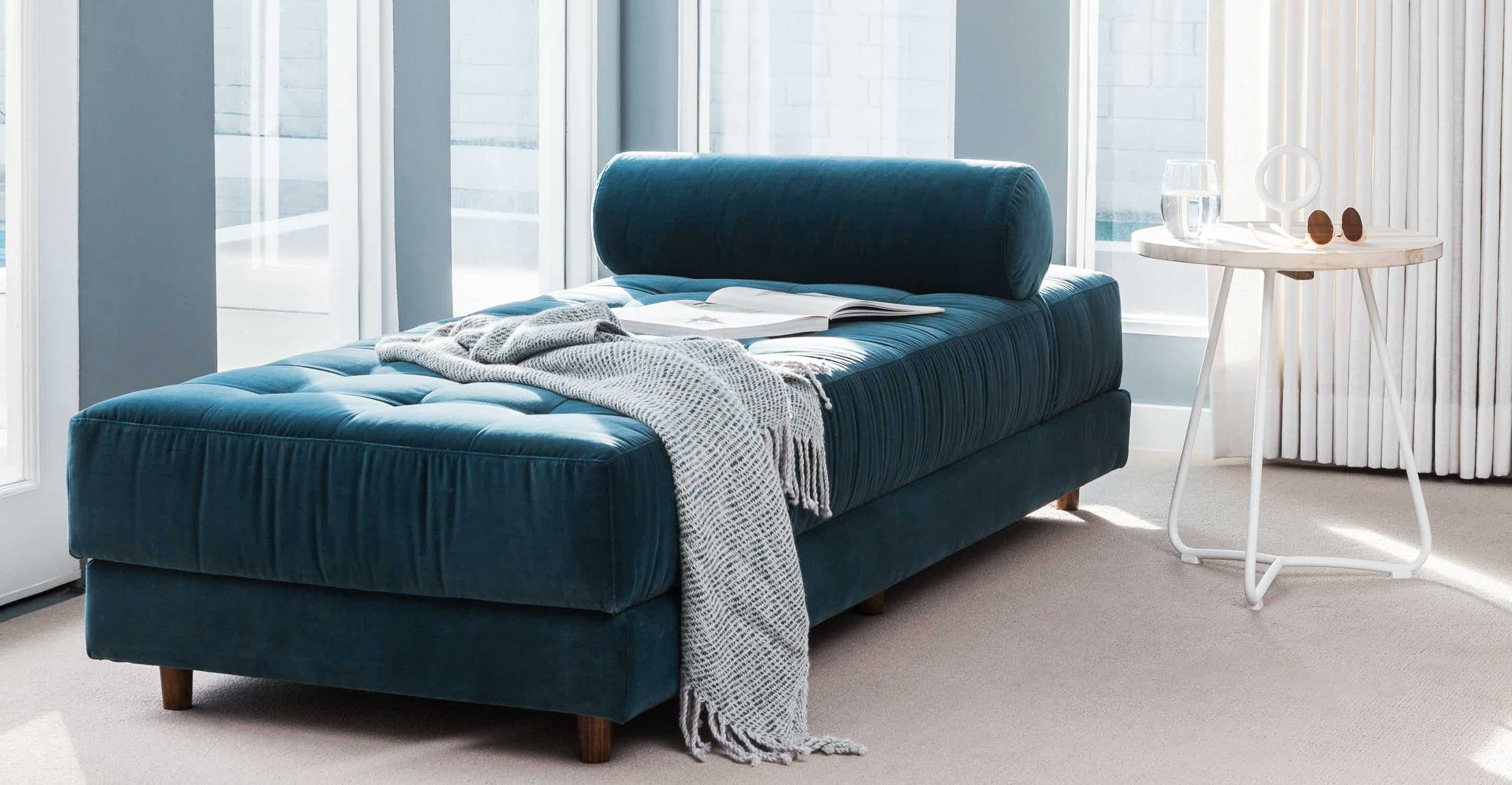 Sven Cascadia Blue Daybed
